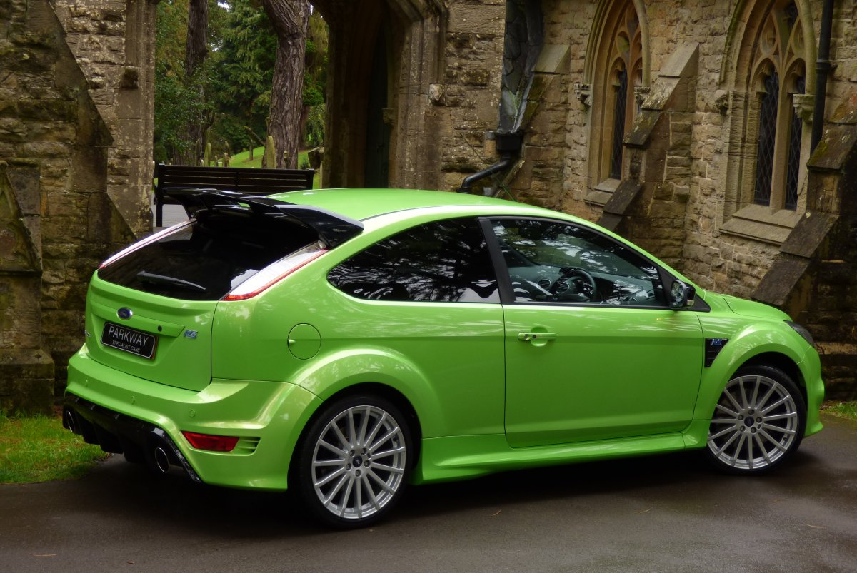 ford focus 2 5 rs mk2 total ford history. Black Bedroom Furniture Sets. Home Design Ideas
