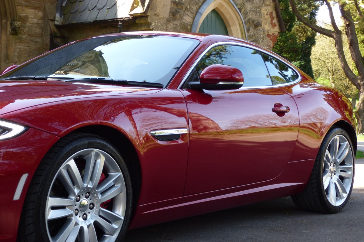 JAGUAR XKR 5 0 V8 S/CHARGED COUPE -