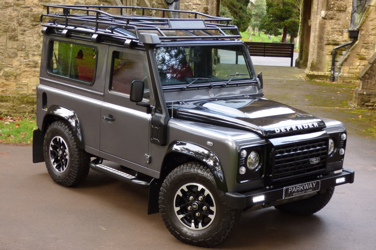 land rover defender 90 adventure edition auto. Black Bedroom Furniture Sets. Home Design Ideas