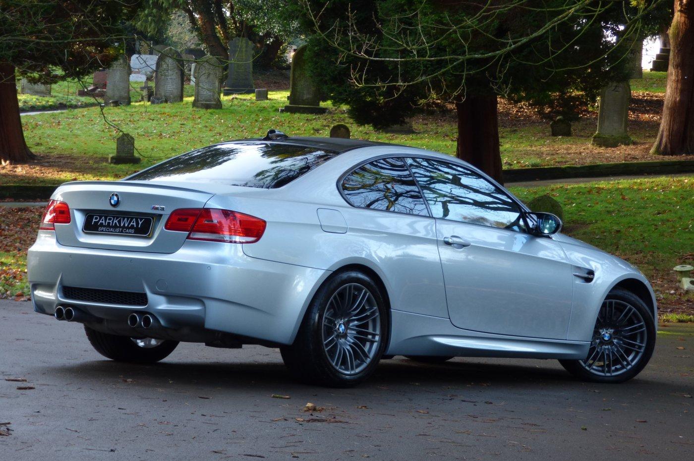 BMW M3 4.0 V8 MANUAL COUPE E90