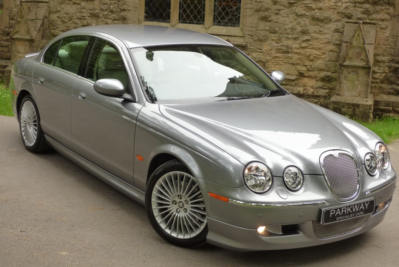 Lovely JAGUAR S TYPE 3.0 V6 SE (Sport Body Pack)