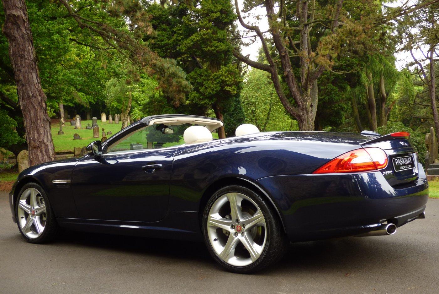 jaguar xk 5 0 v8 signature convertible. Black Bedroom Furniture Sets. Home Design Ideas