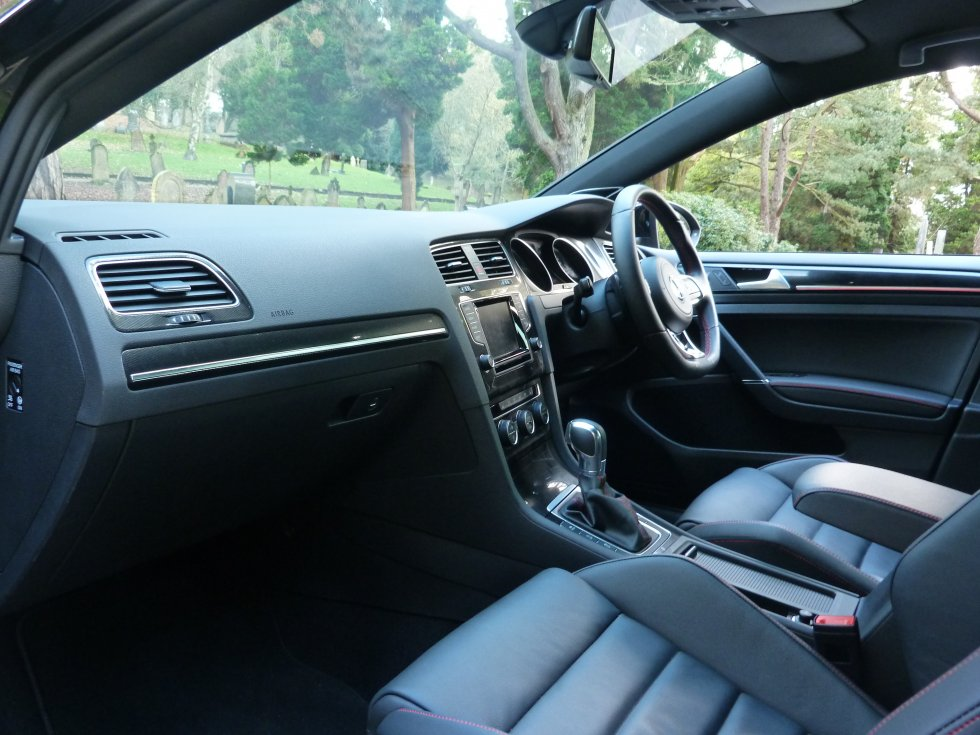 VW GOLF 2.0 GTI 5DR DSG PERFORMANCE PACK